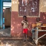 Aufklärungsarbeit nach dem Zyklon Idai in Nhamatanda, Provinz Sofala. Diese Schule namens Nharuchunga liegt in Nhamatanda, Provinz Sofala. Sie wurde durch den Zyklon so zerstört, dass kein Unterricht mehr stattfinden kann.