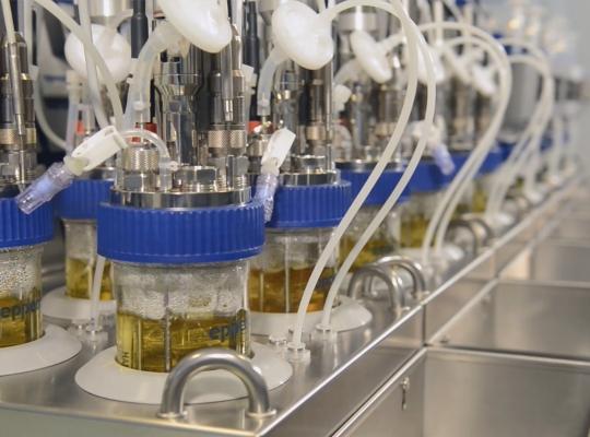 Imagefilm: Eppendorf – DASbox Mini Bioreaktor System